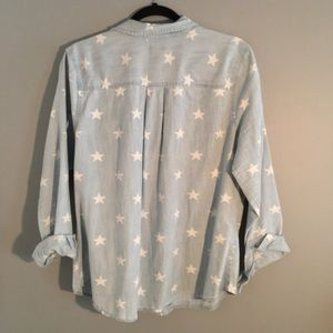 de9c383f6fd13 Old Navy Tops - Old Navy Women s Star Print Chambray Shirt